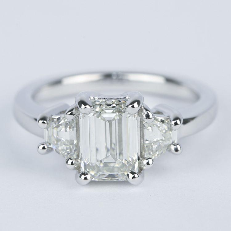 Emerald Diamond Engagement Ring with Trapezoid Diamonds (1.53 Carat)