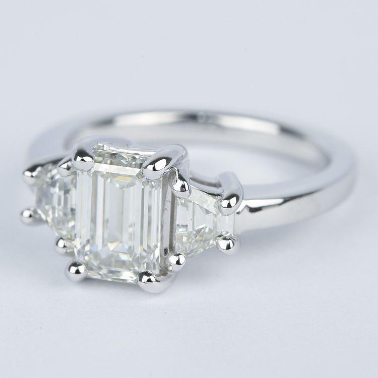 Emerald Diamond Engagement Ring with Trapezoid Diamonds (1.53 Carat) angle 2