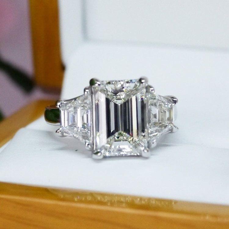 Trapezoid & Emerald Cut Diamond Three Stone Engagement Ring angle 5