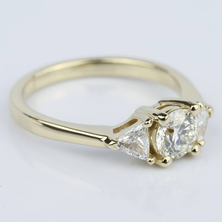 Trillion Three-Diamond Engagement Ring in Yellow Gold (0.72 ct.) angle 3