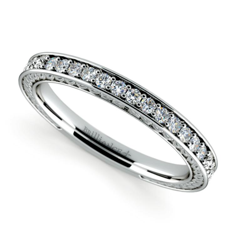 Antique Floral Diamond Wedding Ring in Platinum | 01