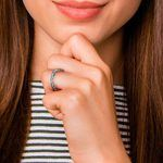 Antique Floral Wedding Ring in White Gold | Thumbnail 07