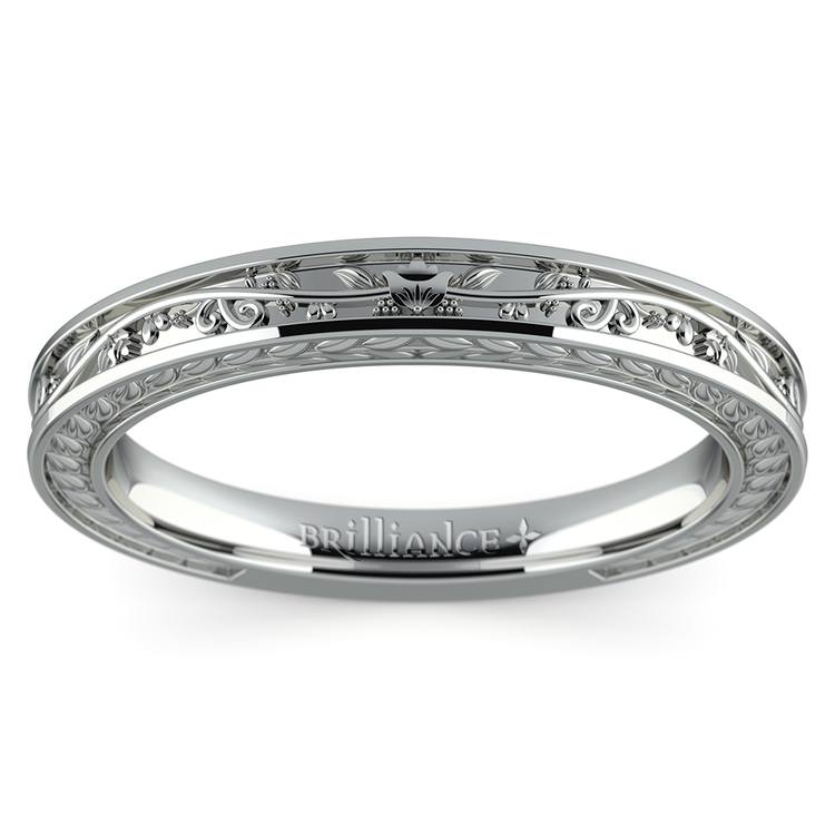 Antique Floral Wedding Ring in White Gold | 02