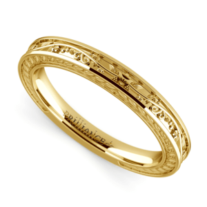Antique Floral Wedding Ring in Yellow Gold