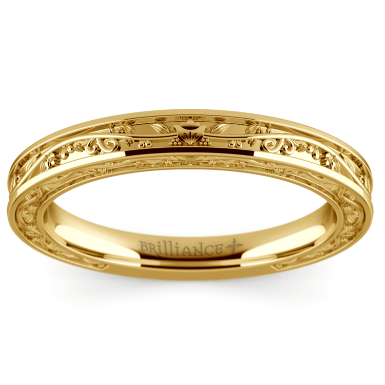 Antique Wedding Ring in Yellow Gold | 02