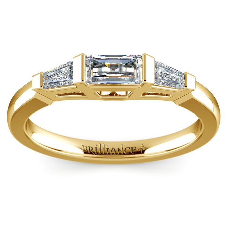 Baguette Diamond Wedding Ring in Yellow Gold (1/2 ctw) | 02