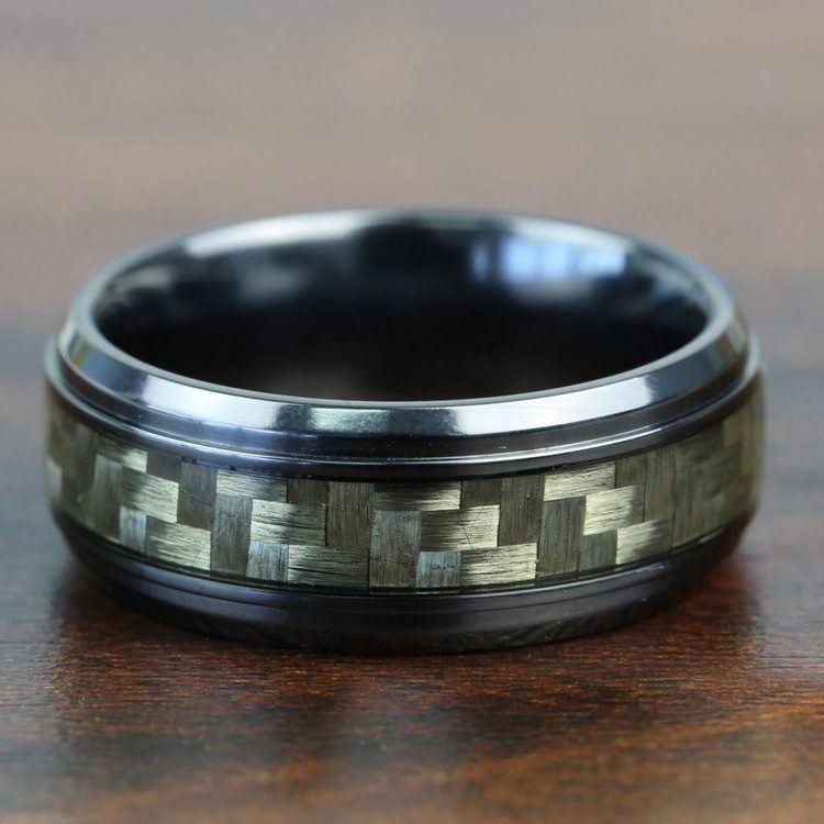 Beveled Carbon Fiber Men's Wedding Ring in Black Titanium | 05