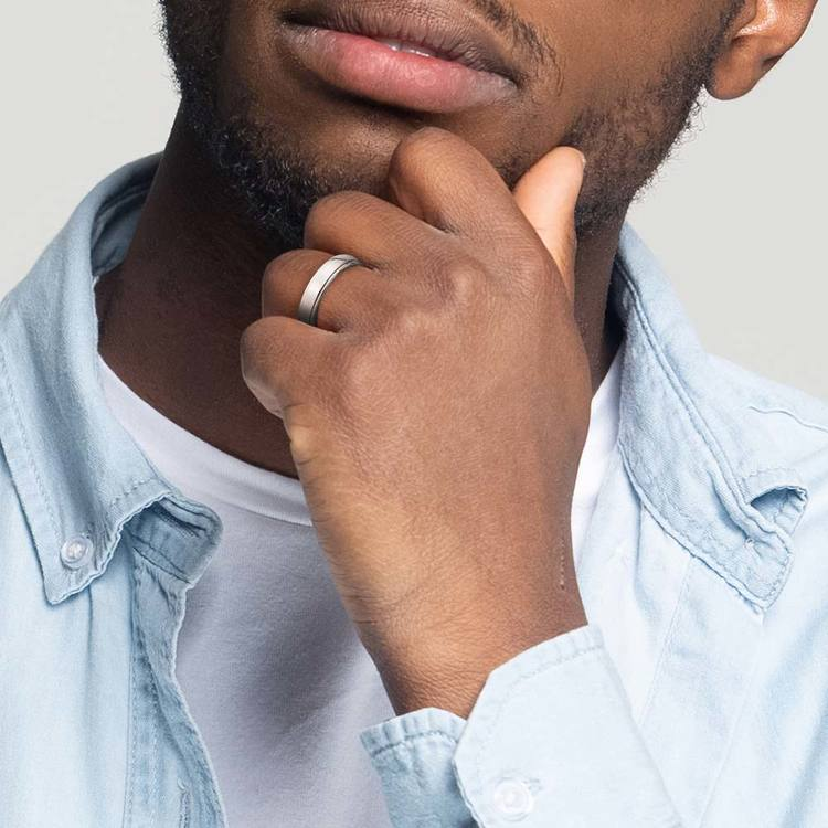 Beveled Men's Wedding Ring in Platinum | 05