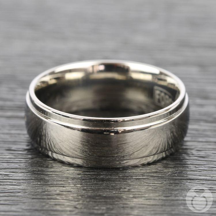 Beveled Men's Wedding Ring in Titanium (7mm) | 03