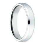 Beveled Men's Wedding Ring in White Gold (4mm) | Thumbnail 02