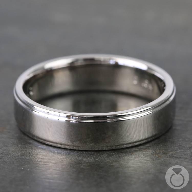 Beveled Men's Wedding Ring in White Gold (5mm)   03
