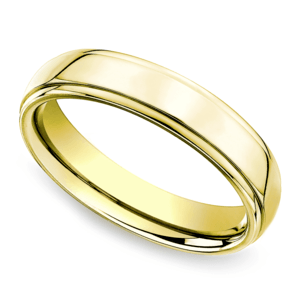 Beveled Men's Wedding Ring in Yellow Gold (5mm)