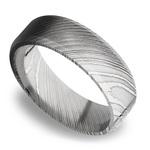 Beveled Men's Wedding Ring in Damascus Steel (7mm) | Thumbnail 01