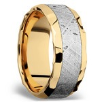 Hammered Meteorite Inlay Men's Wedding Ring in 14K Yellow Gold | Thumbnail 02