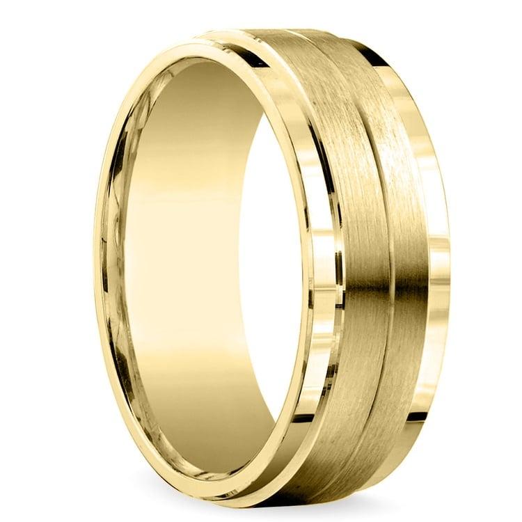 Beveled Satin Men's Wedding Ring in Yellow Gold | 02