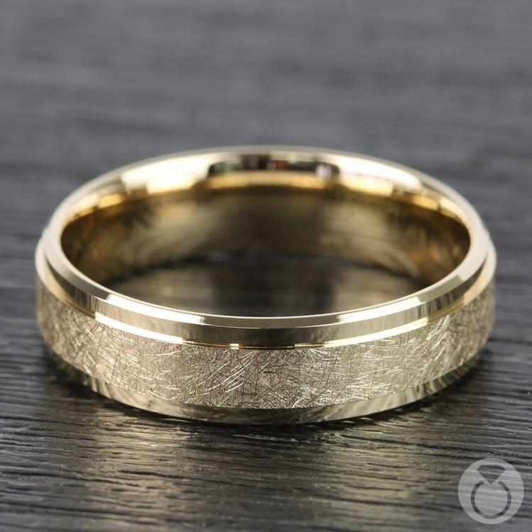 Beveled Swirl Men's Wedding Ring in Yellow Gold | 03