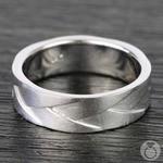 Braided Men's Wedding Ring in White Gold | Thumbnail 03