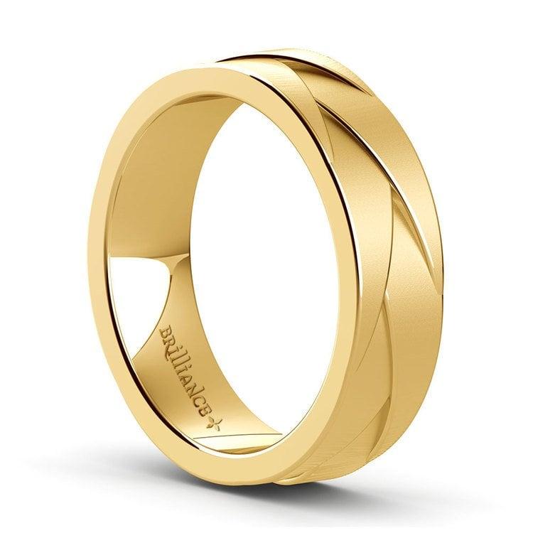 Braided Men's Wedding Ring in Yellow Gold   02