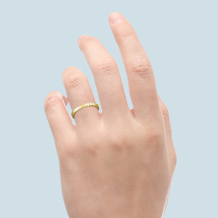 Carved Wedding Ring in Yellow Gold | 03
