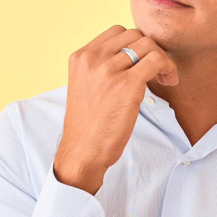 Carved Beveled Men's Wedding Ring in Platinum   05
