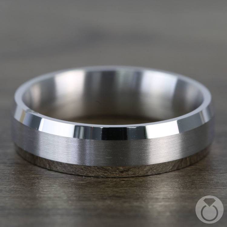 Carved Beveled Men's Wedding Ring in White Gold | 03