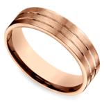 Carved Satin Men's Wedding Ring in Rose Gold | Thumbnail 01