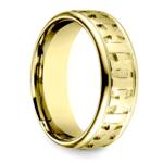Celtic Cross Men's Wedding Ring in Yellow Gold  | Thumbnail 02
