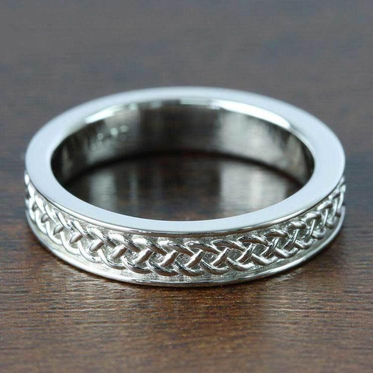 Celtic Knot Men's Wedding Ring in Platinum | 05