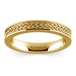 Celtic Knot Wedding Ring in Yellow Gold | Thumbnail 02