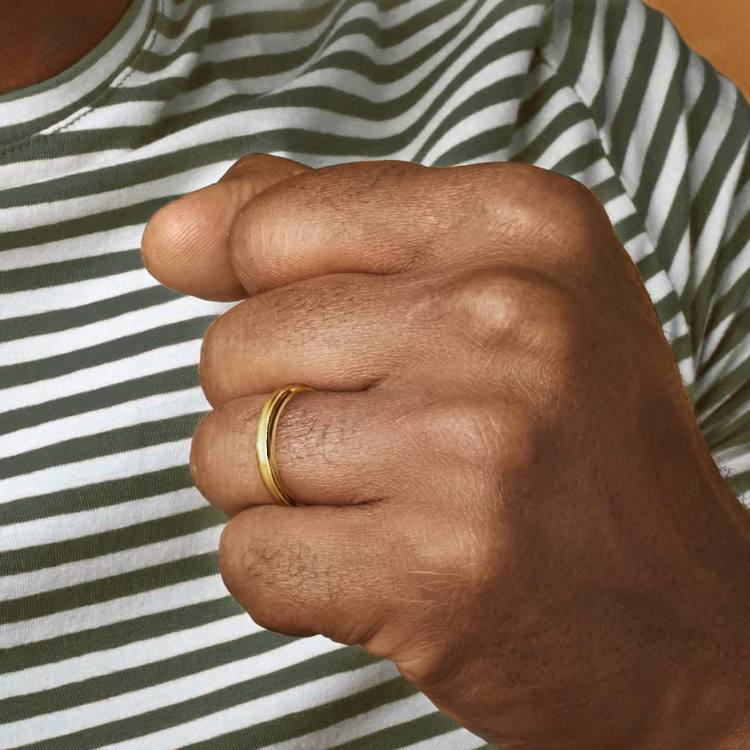 Comfort Fit Men's Wedding Ring in Yellow Gold (3mm) | 04