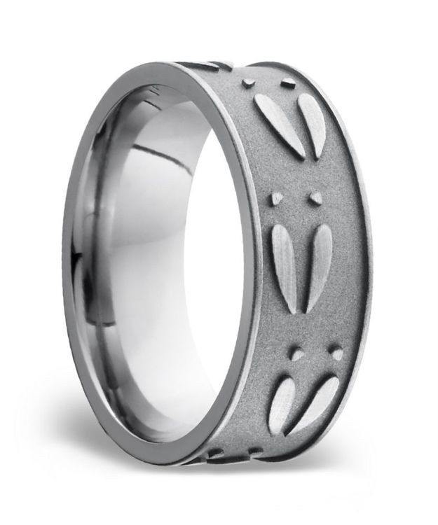 Deer Pattern Men's Wedding Ring in Titanium   02