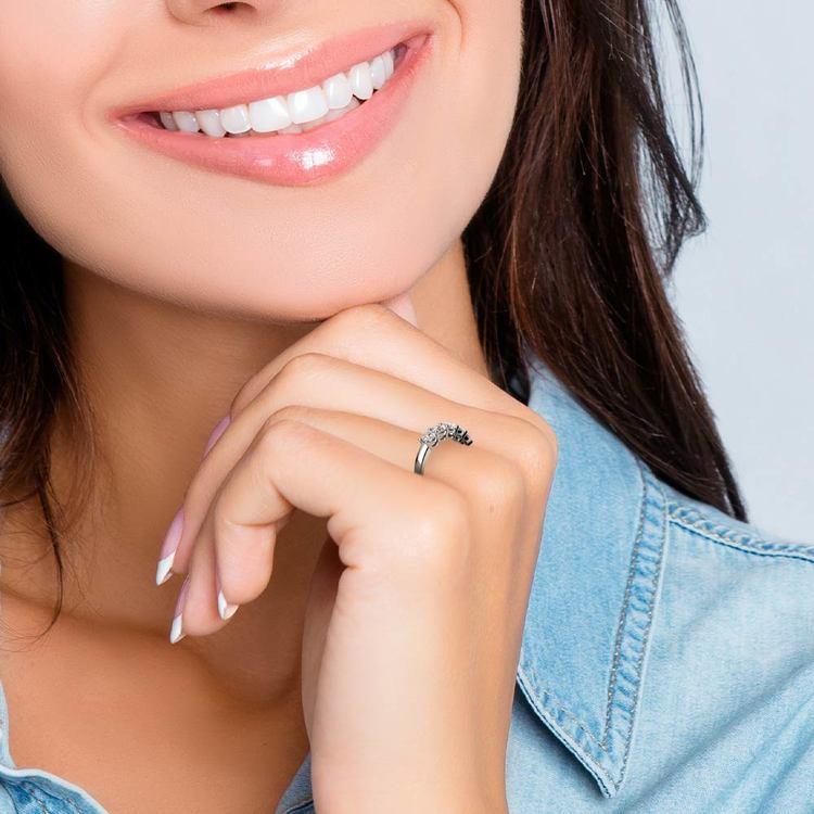Five Diamond Wedding Ring in White Gold (1 ctw)   06
