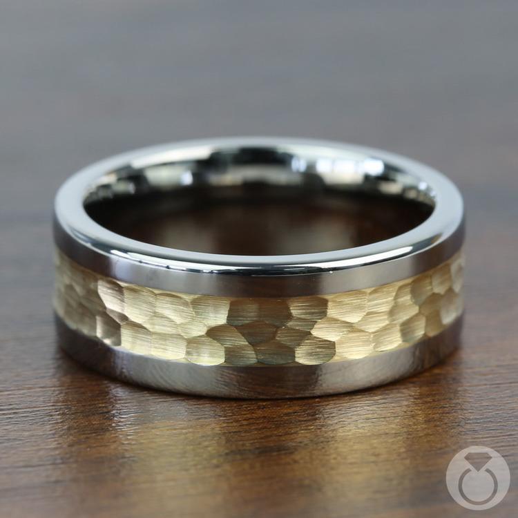 Hammered 14K Yellow Gold Inlay Men's Wedding Ring in Titanium | 03