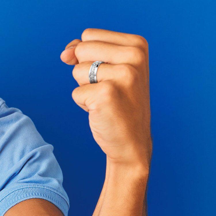 Hammered Beveled Men's Wedding Ring in Platinum   04