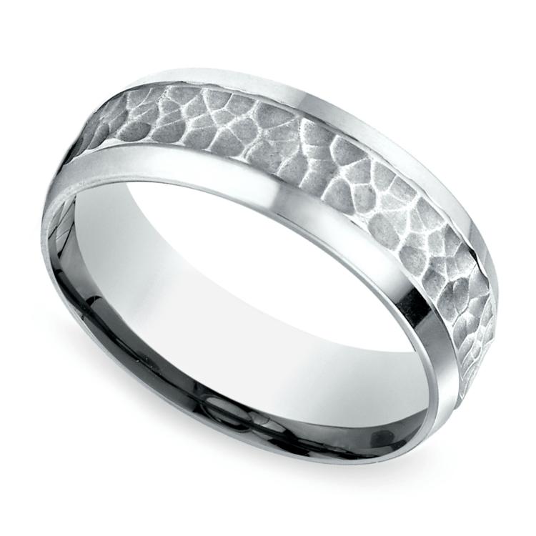 Hammered Beveled Men's Wedding Ring in Platinum | 01