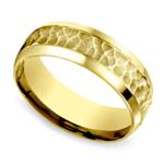 Hammered Beveled Men's Wedding Ring in Yellow Gold   Thumbnail 01
