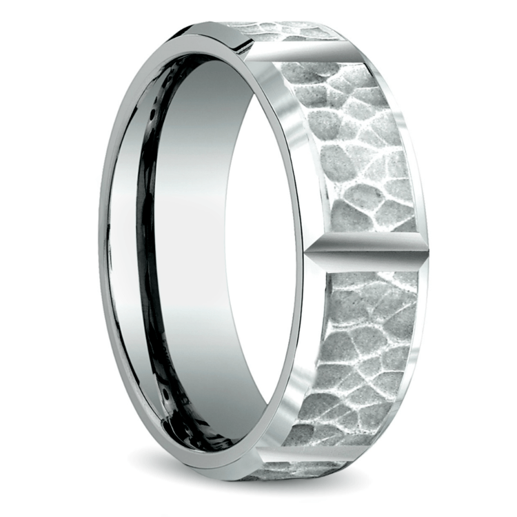 Hammered Carved Men's Wedding Ring in White Gold | 02