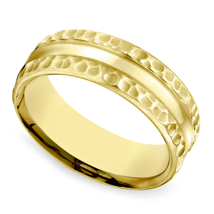 Hammered Men's Wedding Ring in Yellow Gold (7.5mm) | 01