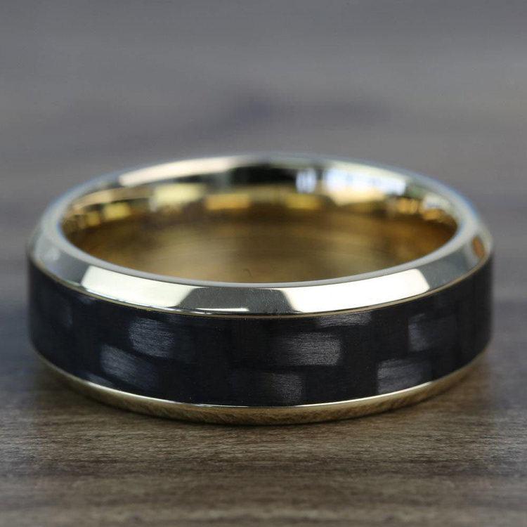 High Bevel Carbon Fiber Inlay Men's Wedding Ring in 14K Yellow Gold | 04