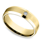 Inset Beveled Men's Wedding Ring in Yellow Gold (6mm) | Thumbnail 01