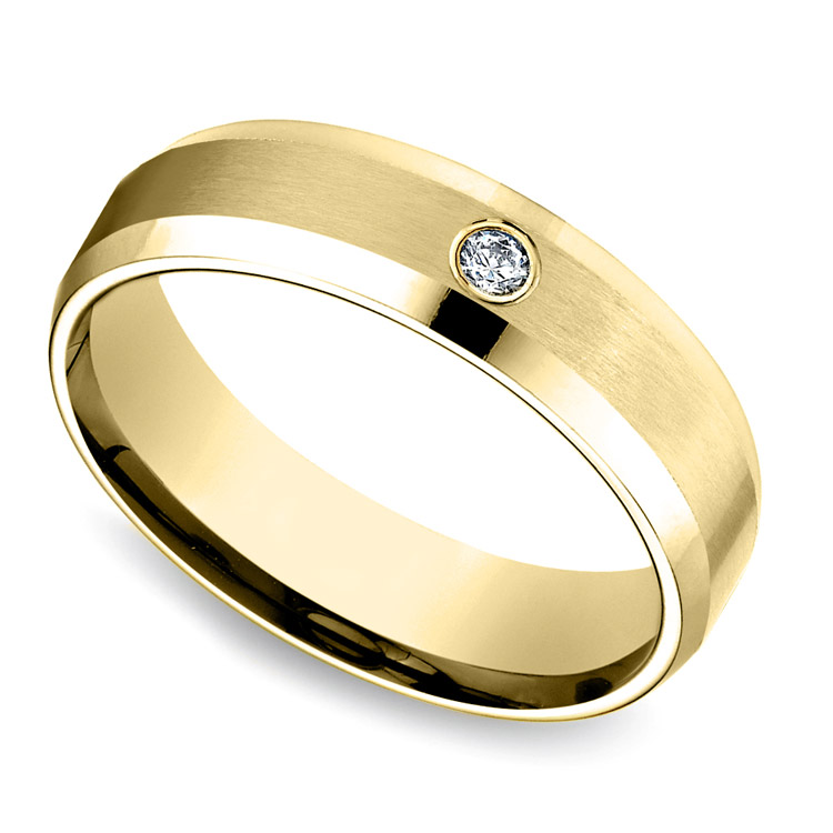 Inset Beveled Men's Wedding Ring in Yellow Gold (6mm) | 01