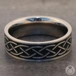 Heartstrung - Titanium Mens Band with Celtic Sailor's Knot | Thumbnail 04