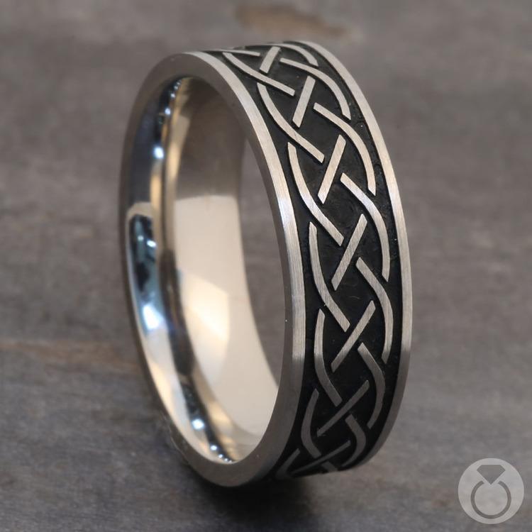 Heartstrung - Titanium Mens Band with Celtic Sailor's Knot | 05