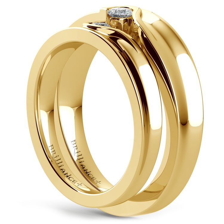 Matching Bezel Heart Concave Diamond Wedding Ring Set in Yellow Gold | 04