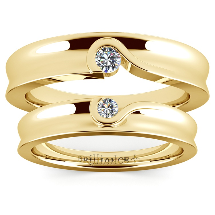 Matching Bezel Heart Concave Diamond Wedding Ring Set in Yellow Gold | 05
