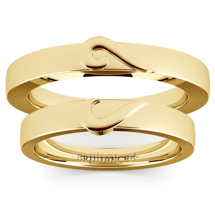 Matching Curled Heart Wedding Ring Set in Yellow Gold | 05