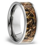 MossyOak SG Blades Inlay Men's Wedding Ring in Titanium | Thumbnail 02