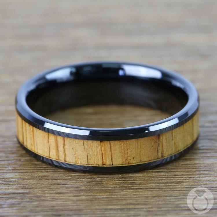Red Oak Wood Inlay Men's Beveled Ring in Black Ceramic (6mm) | 04