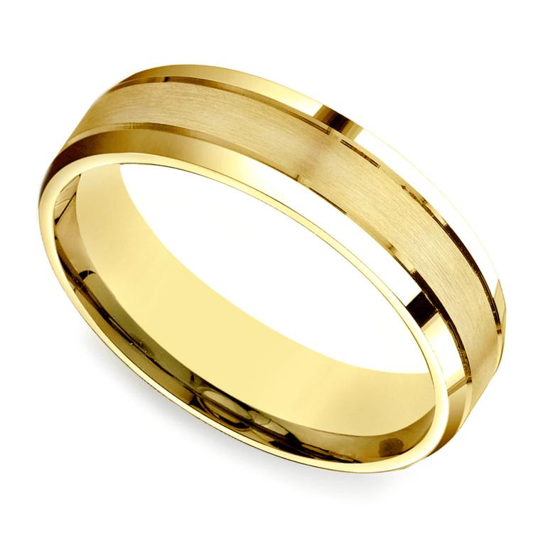 Satin Beveled Men's Wedding Ring in Yellow Gold | 01