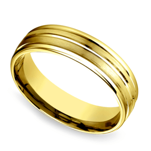 Sectional Satin Men's Wedding Ring in Yellow Gold